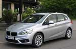 BMW 218i Active Tourer on etuvetoinen tila-auto